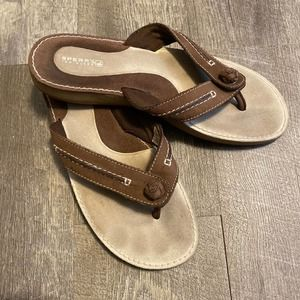 Sperry Leather Flip Flop Sandals 10